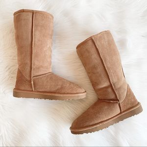 UGG Classic Tall Boot Chestnut Size 7